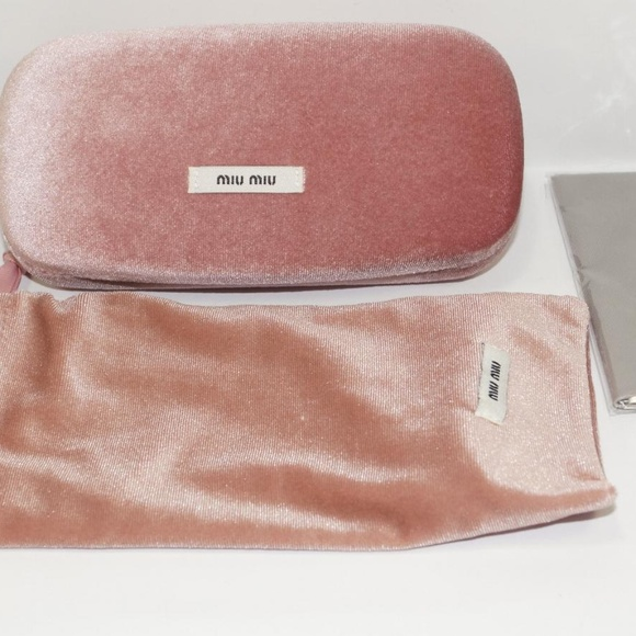 d7055326d08a Miu Miu Accessories   Pink Velvet Clamshell Hard Sunglasses Case ...